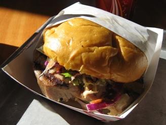tb_taylors_ahi_burger.JPG